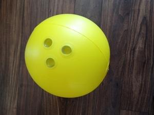 Strandlabda, bowling golyó képe